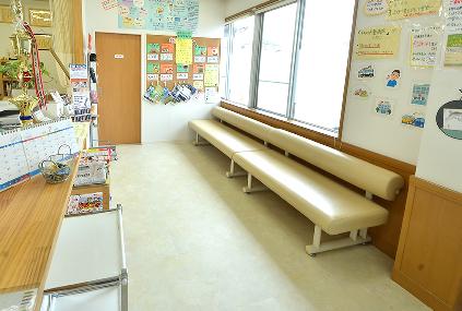 もちの木整骨院の待合室の写真