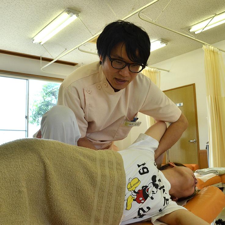 矯正療法の施術の様子